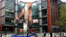 Channel 4 организует первые свидания в голом виде